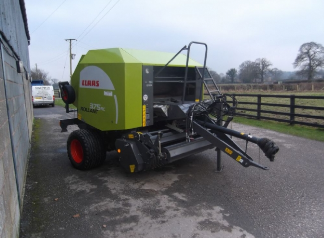 Claas Rollant 375 RC Baler