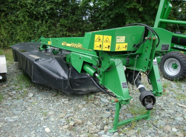 John Deere mower/conditioner